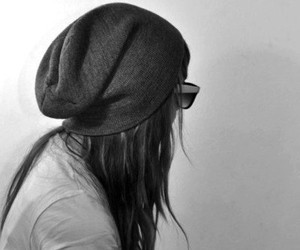 girl, style, and beanie image