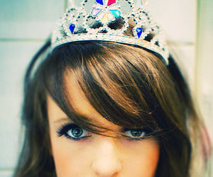 crown and pretty image