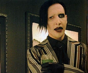 Marilyn Manson, discret, and asbenth image