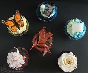 cupcake, hunger games, and catching fire image