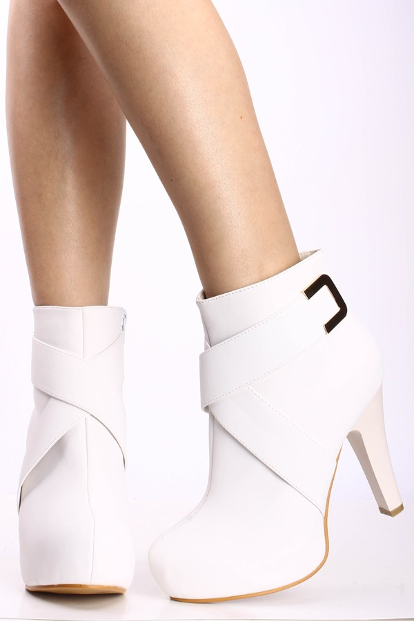 WHITE FAUX LEATHER CROSS STRAPS PLATFORM ANKLE BOOTIE,Womens ...