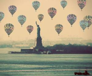 new york, vintage, and balloons image