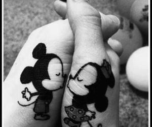 *-*, amor, and mickey mouse image