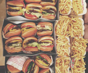 cheeseburger, delicacy, and yum image