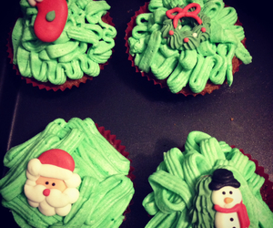 christmas, cupcakes, and happy image