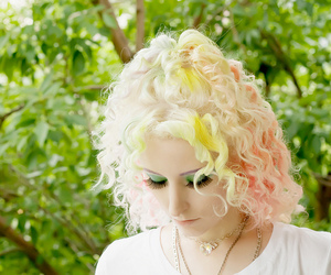 blonde, colorful hair, and green hair image