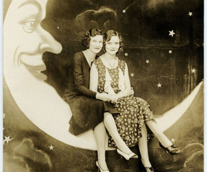 30s and vintage image
