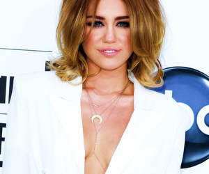 blond, music, and cabelo image