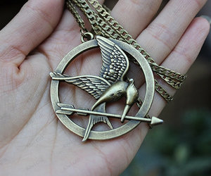 katniss necklace, hunger birds necklace, and games necklac image