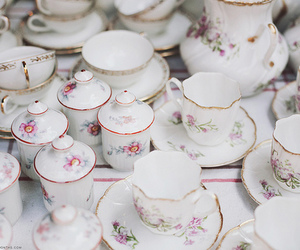 mugs, vintage, and tea cups image