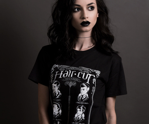 felice fawn and black image