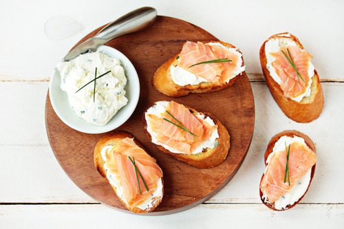 bread and salmon image