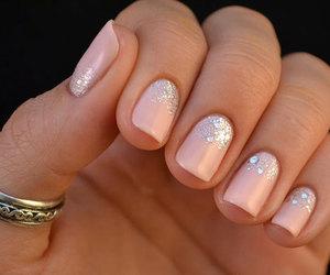christmas, girl, and manicure image