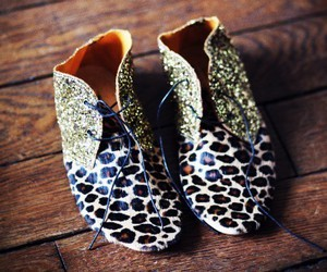 fashion, shoes, and glitter image