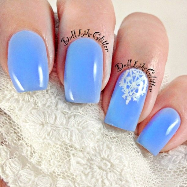 Blue Nails With White Lace Accent Nail ♥♥ ➳ ...   ➳ ♡ Nails ♔