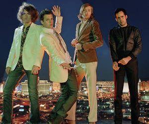 brandon flowers, the killers, and ronnie vannucci image