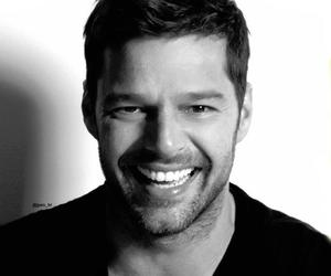 happy face, smile, and ricky martin image