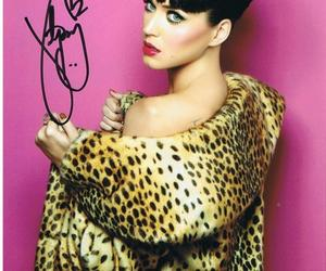 katy perry, tiger coat, and beautiful!!! image