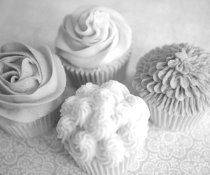 beautiful, black and white, and cupcake image