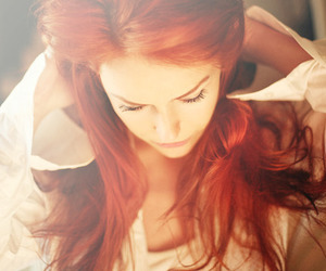hair, red hair, and separate with comma image