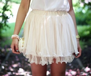 clothes, girly, and skirt image
