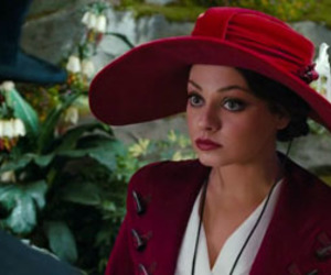 Mila Kunis and oz the great and powerful image