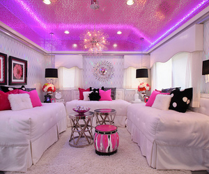pink, luxury, and girly image