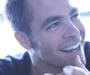 chris pine, smile, and Hot image