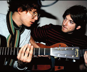 kings of convenience and guitar image