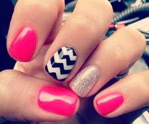 nails, pink, and zig_zac image