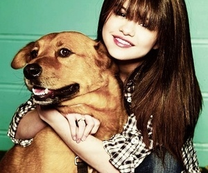 selena gomez and dog image