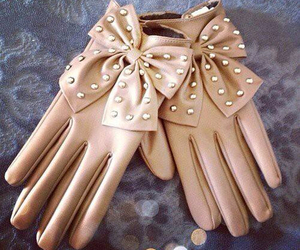 bow, fabulous, and gloves image