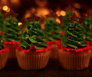 christmas, creative, and cupcake image