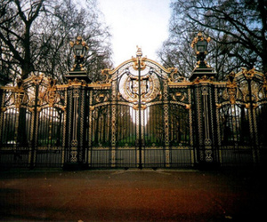 beauty, gate, and park image