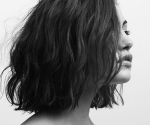 hair, black and white, and model image