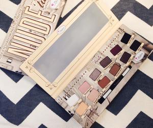 beautiful, cosmetics, and eyeshadow image