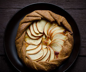 apple, onion, and crust image