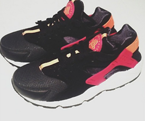 fire, sneakers, and air huarache image