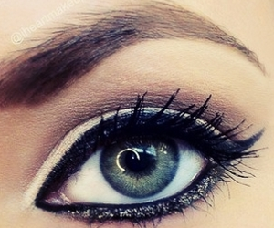 make up, mascara, and blue eyes image