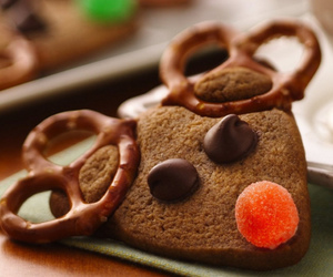 christmas, cookie, and reindeer image