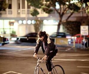 fixed gear, fixie, and girl image