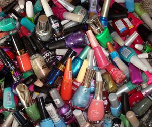 colors, nail polish, and OMG image