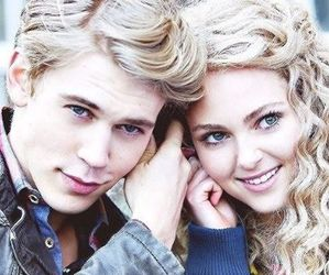 austin butler, the carrie diaries, and Carrie Bradshaw image