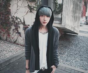 blue hair, boy, and uzzlang image