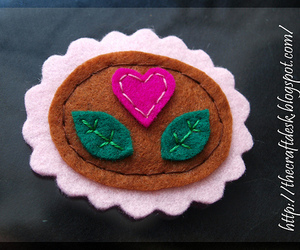 cameo, felt, and heart image