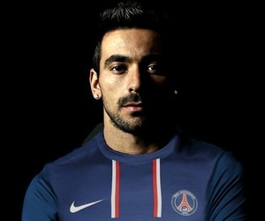lavezzi 22 psg football image