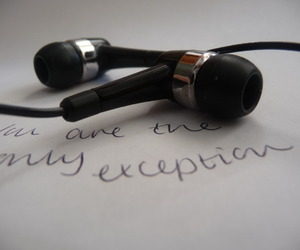 music, paramore, and earphones image