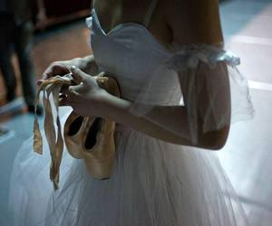 ballerina, ballet, and pointe image