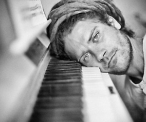 dreads and piano image
