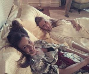 bed, blake lively, and girl image